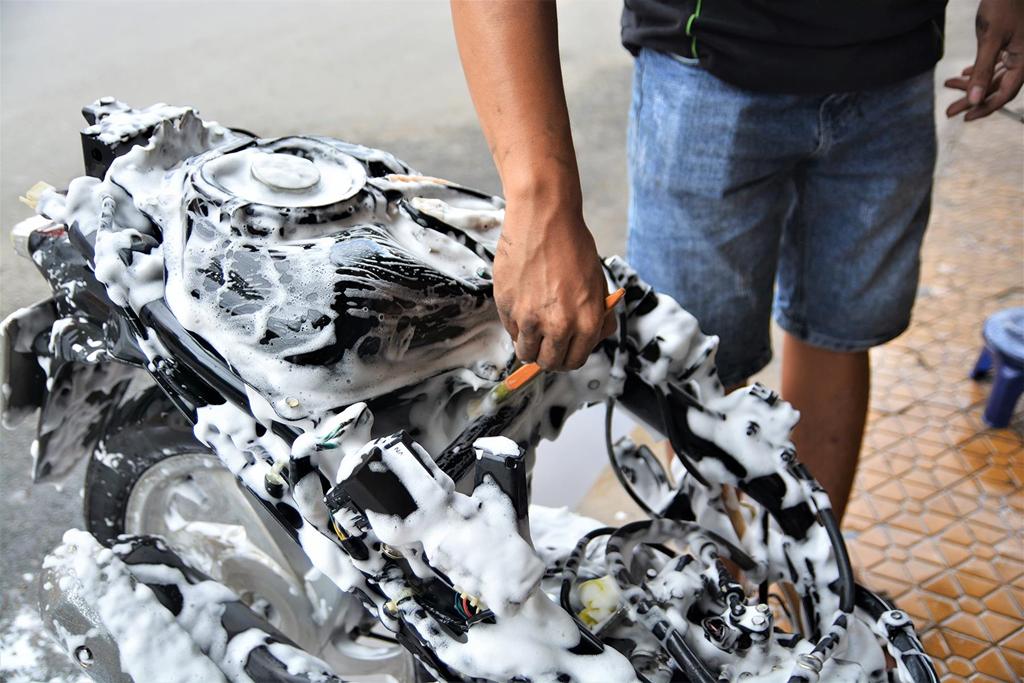 dịch vụ rửa xe máy siêu sạch tại n20 fi store
